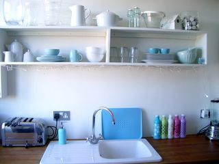 Kitchenshelving1