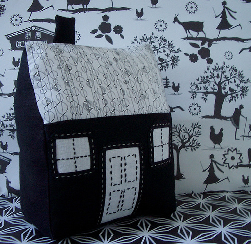 Fabric House Sewing Tutorial Step Seventeen
